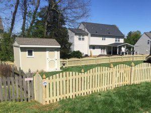 Wood Picket Fence in Richmond Virginia